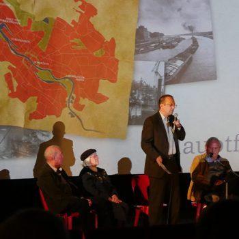 Schauburg Bremische Häfen Film Diskussion