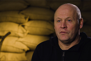 Szenenfoto auf dem Film zum Kali Projekt Hafenarbeiter und seine Erfahrungen